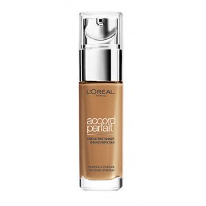 8R-C Noisette Accord Parfait Base de Maquillaje